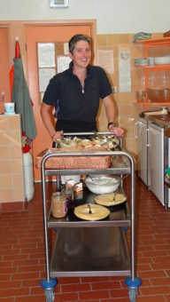 Kok Marjita in de keuken