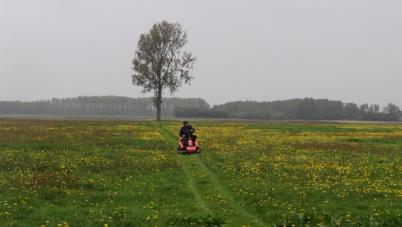 Nieuwe grasmaaier op Noorder Poort