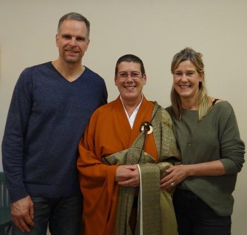 Jiun roshi met Edo en Manon, na hun precept-ceremonie